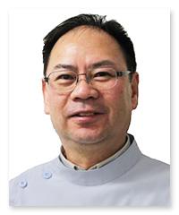 西 賢 先生